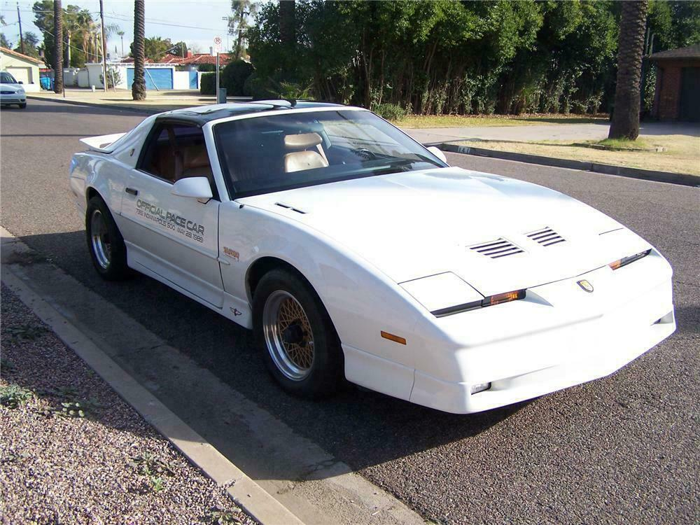 1989 PONTIAC TRANS AM 20TH ANNIVERSARY COUPE - Front 3/4 - 117216