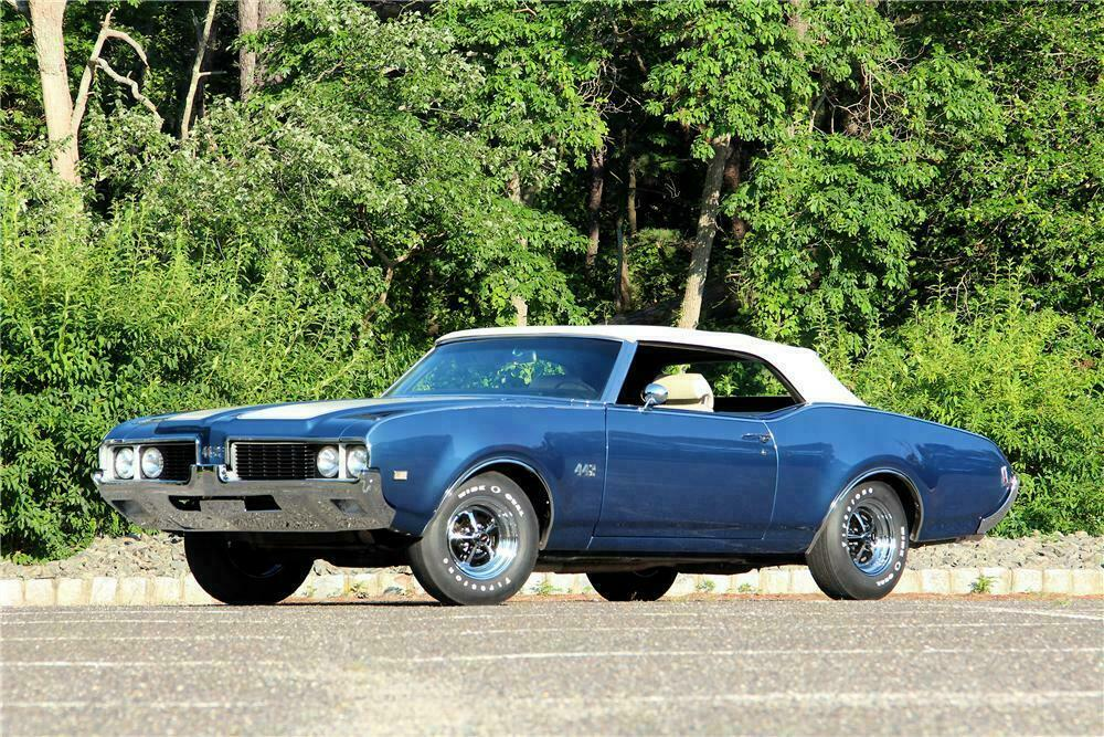 1969 OLDSMOBILE 442 CONVERTIBLE - Front 3/4 - 154789