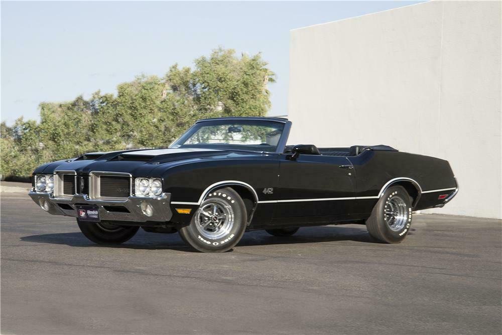 1971 OLDSMOBILE 442 CONVERTIBLE - Front 3/4 - 170063
