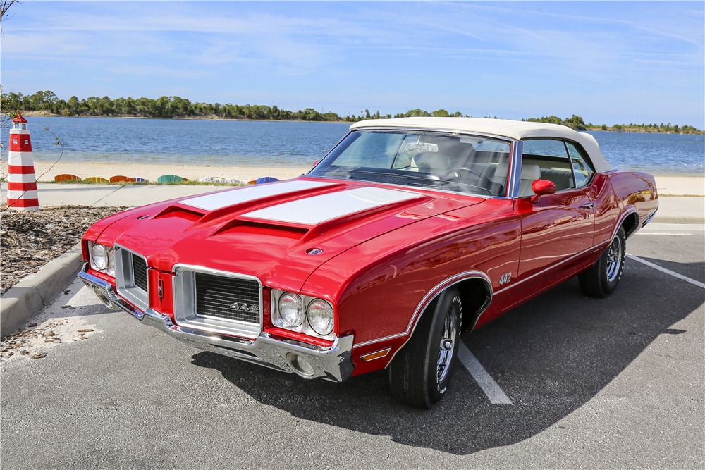 1971 OLDSMOBILE 442 CONVERTIBLE - Front 3/4 - 203114