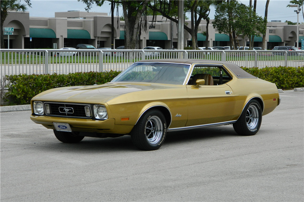 1973 FORD MUSTANG - Front 3/4 - 205973