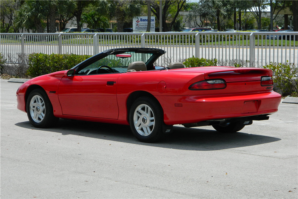 1995 CHEVROLET CAMARO Z/28 CONVERTIBLE - Rear 3/4 - 206315