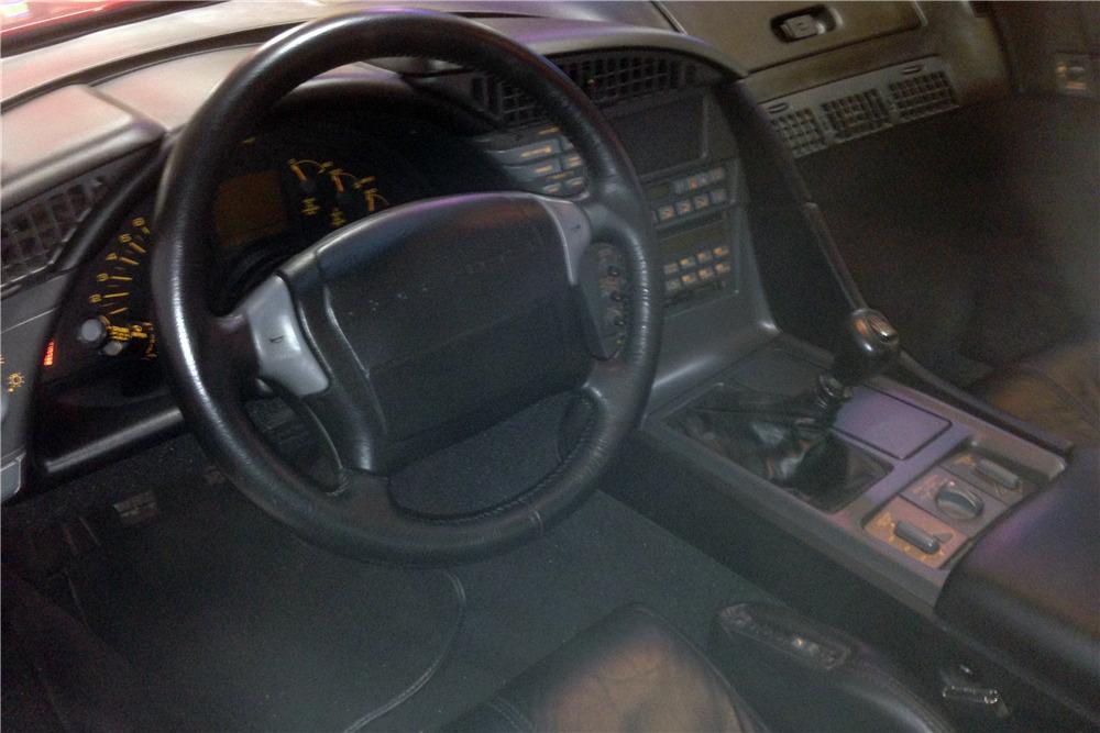 1990 CHEVROLET CORVETTE ZR1 - Interior - 213316