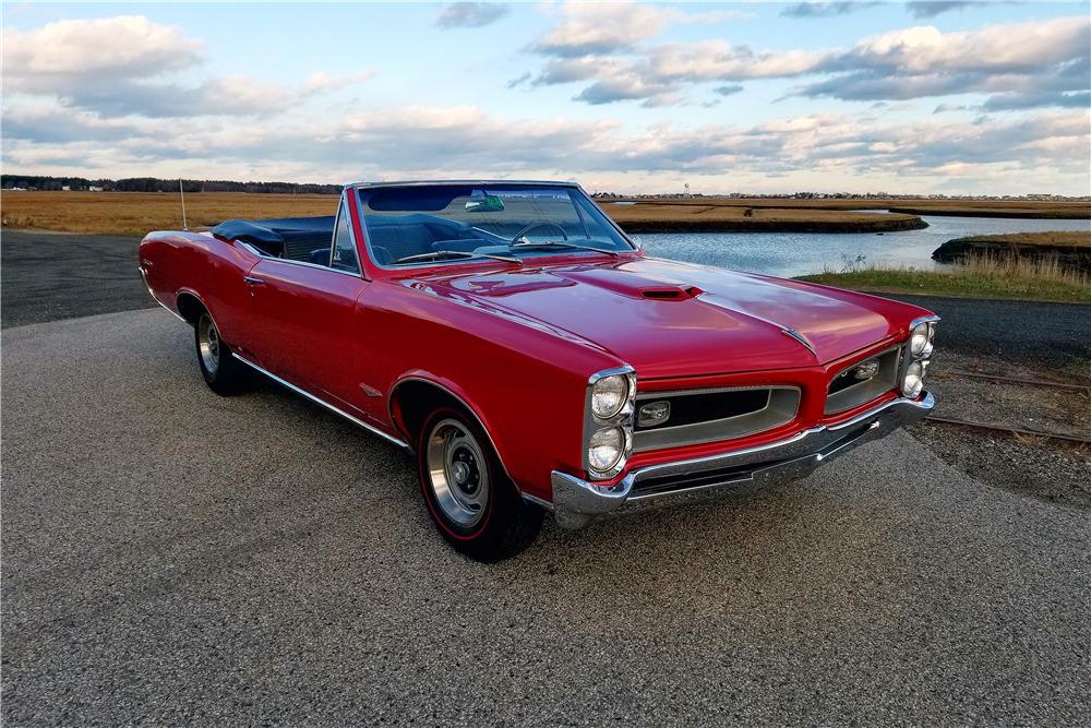 1966 PONTIAC GTO CONVERTIBLE - Front 3/4 - 213345