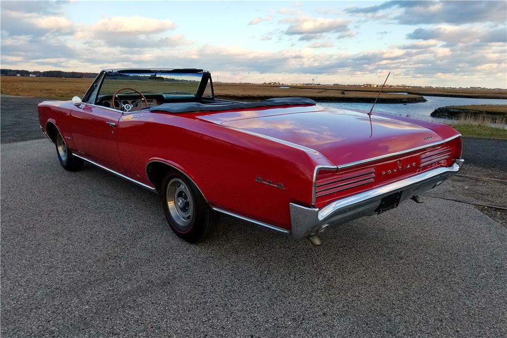1966 PONTIAC GTO CONVERTIBLE - Rear 3/4 - 213345