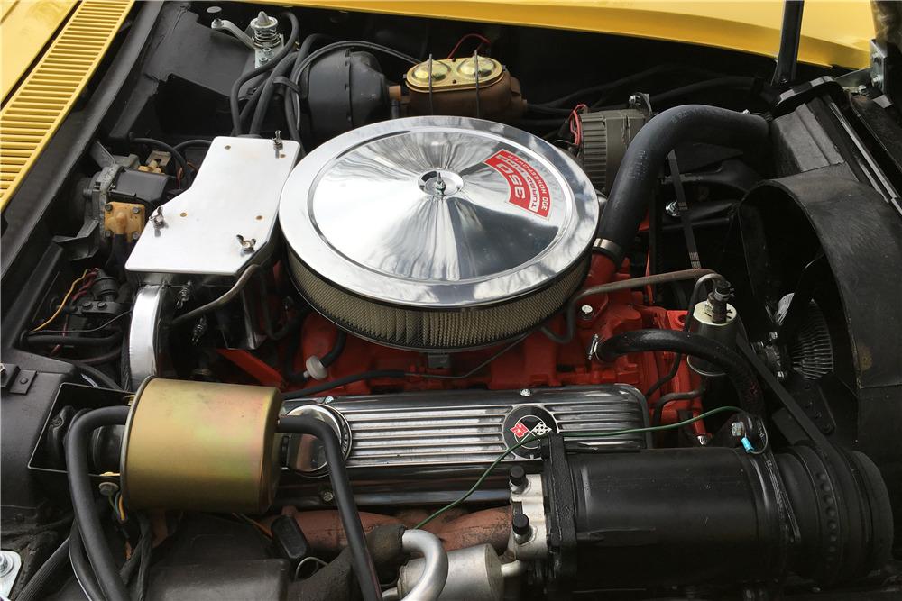 1969 CHEVROLET CORVETTE 350/300 CONVERTIBLE - Engine - 215554