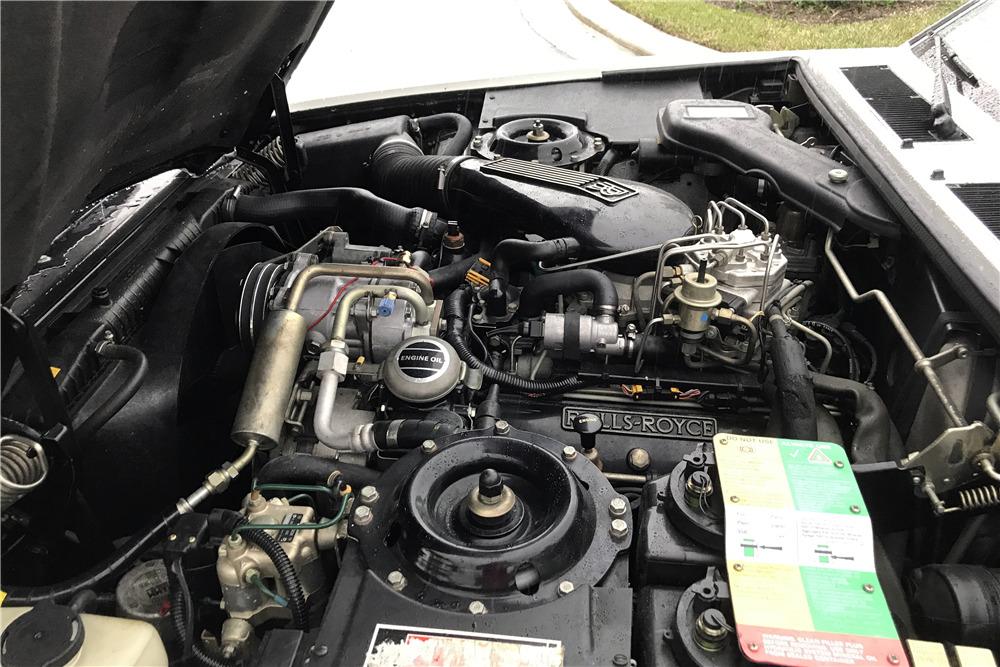 1993 ROLLS-ROYCE SILVER SPUR 4-DOOR SEDAN - Engine - 215875