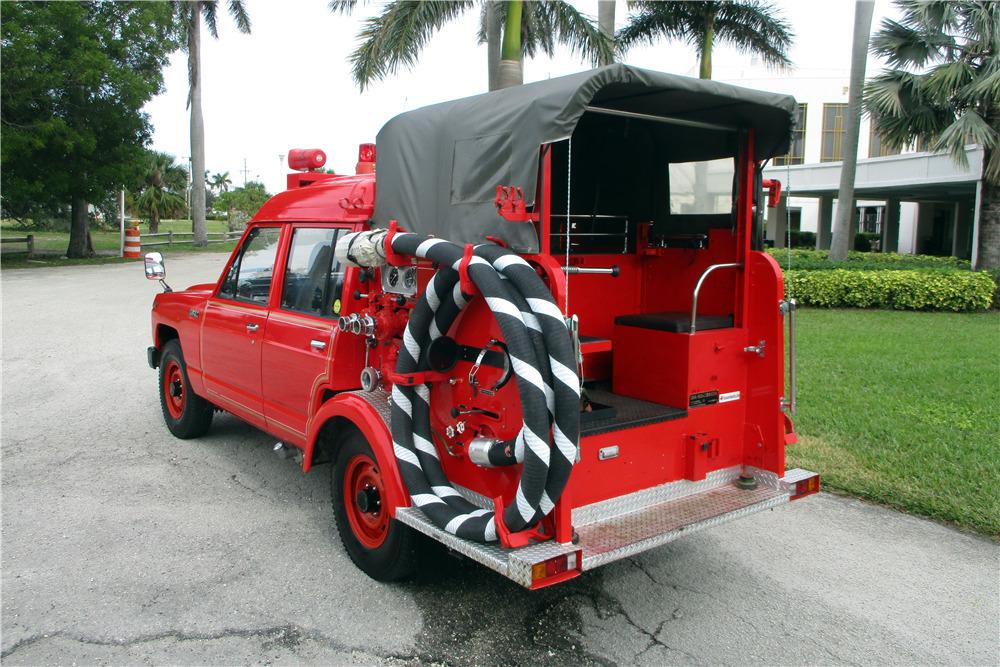 1986 NISSAN SAFARI FIRE TRUCK - Rear 3/4 - 217522