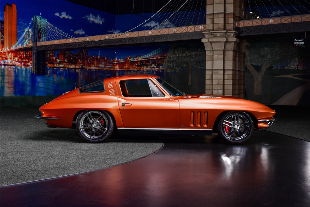 1965 CHEVROLET CORVETTE CUSTOM COUPE - Side Profile - 217677