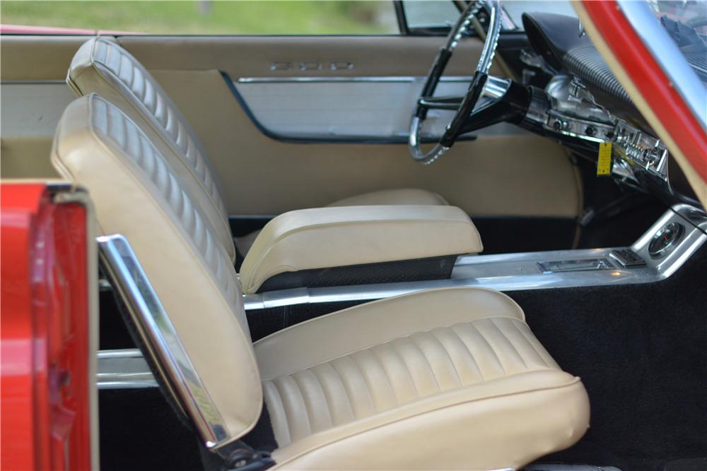 1961 CHRYSLER 300G - Interior - 217772