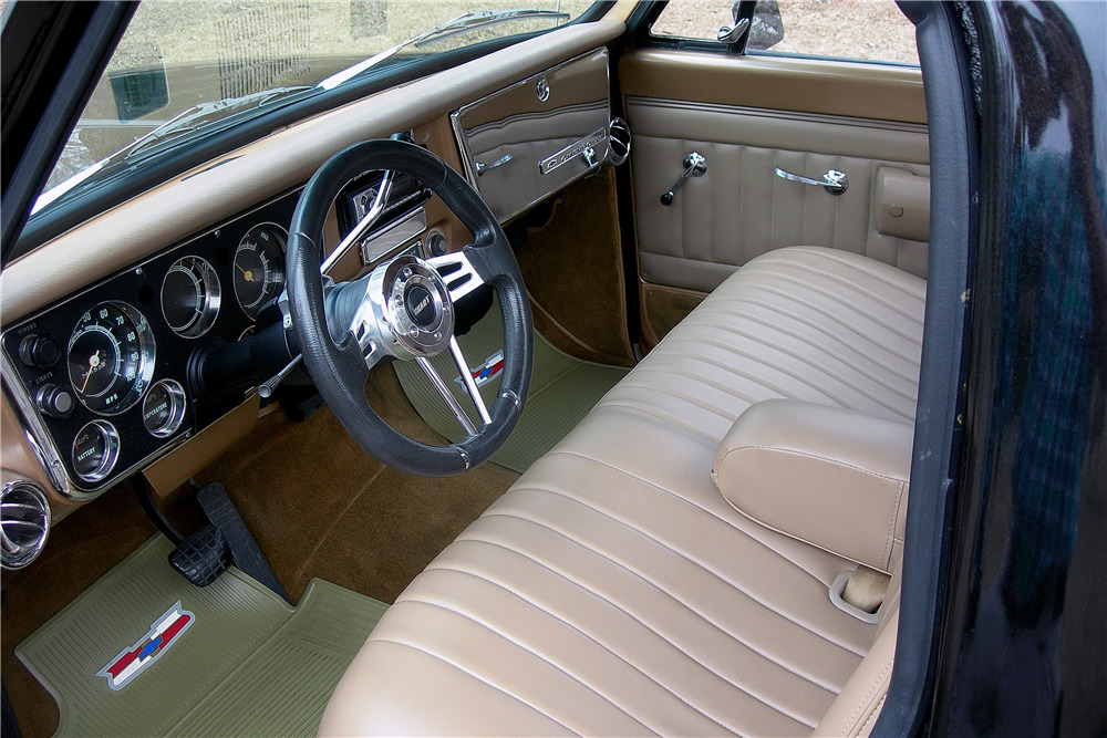 1968 CHEVROLET C10 CUSTOM PICKUP - Interior - 217806