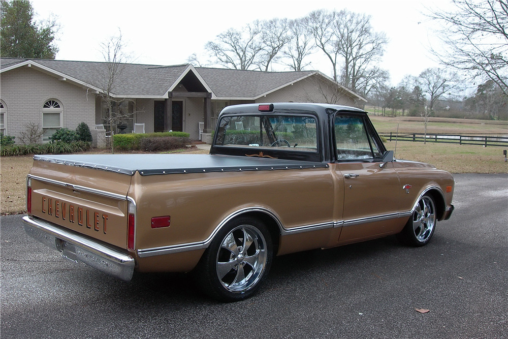 1968 CHEVROLET C10 CUSTOM PICKUP - Rear 3/4 - 217806