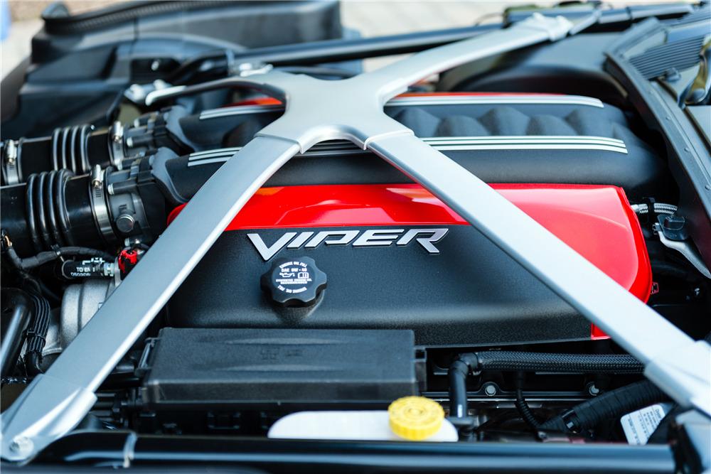 2013 DODGE VIPER GTS - Engine - 217816