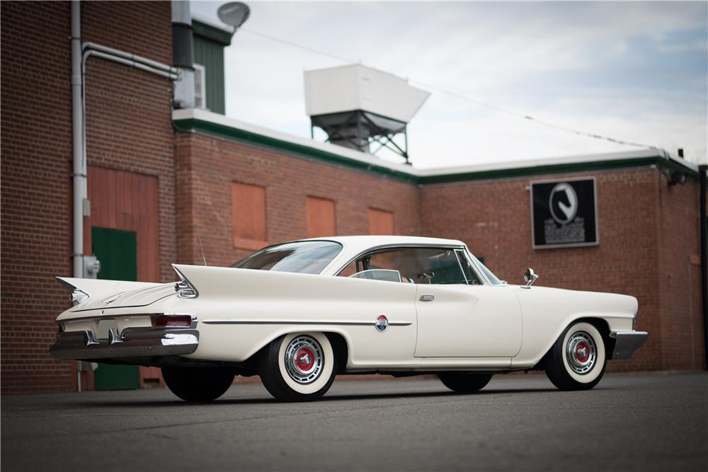 1961 CHRYSLER 300 - Side Profile - 217997