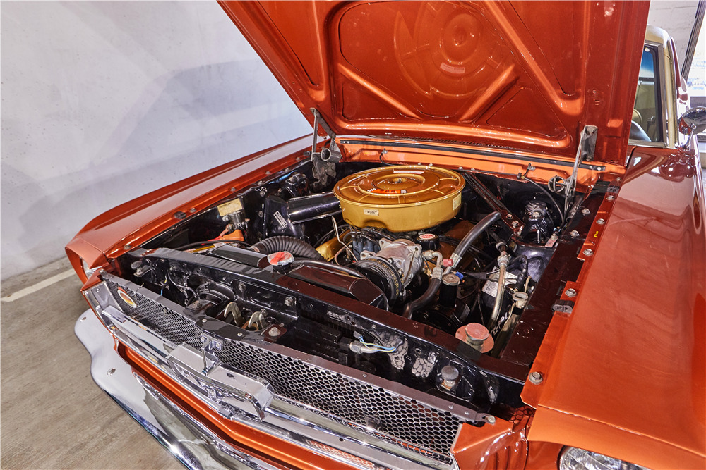1965 FORD MUSTANG - Engine - 218030