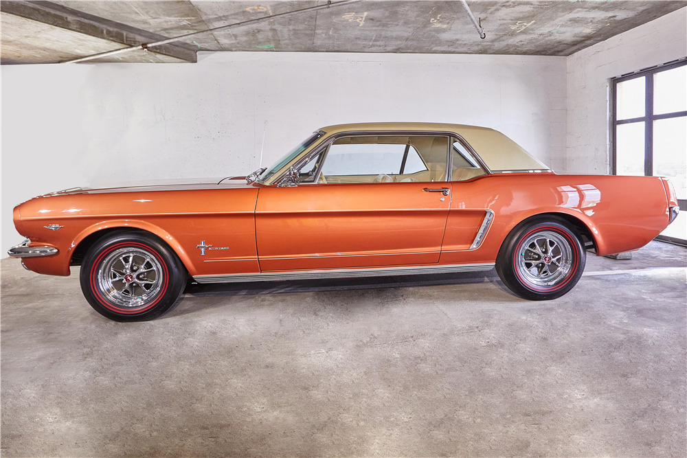 1965 FORD MUSTANG - Side Profile - 218030