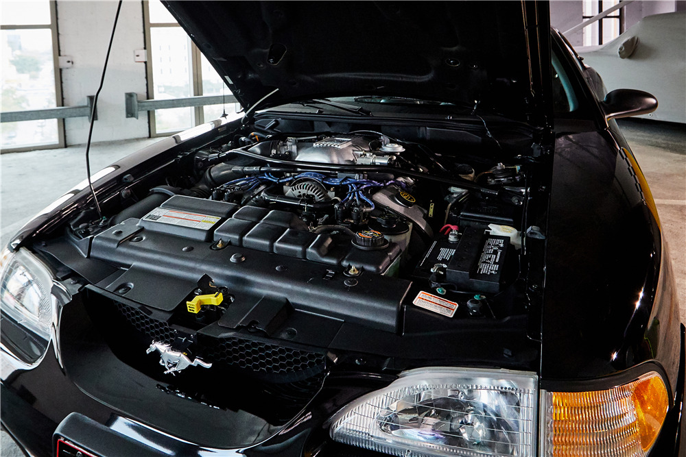 1996 FORD MUSTANG COBRA - Engine - 218040