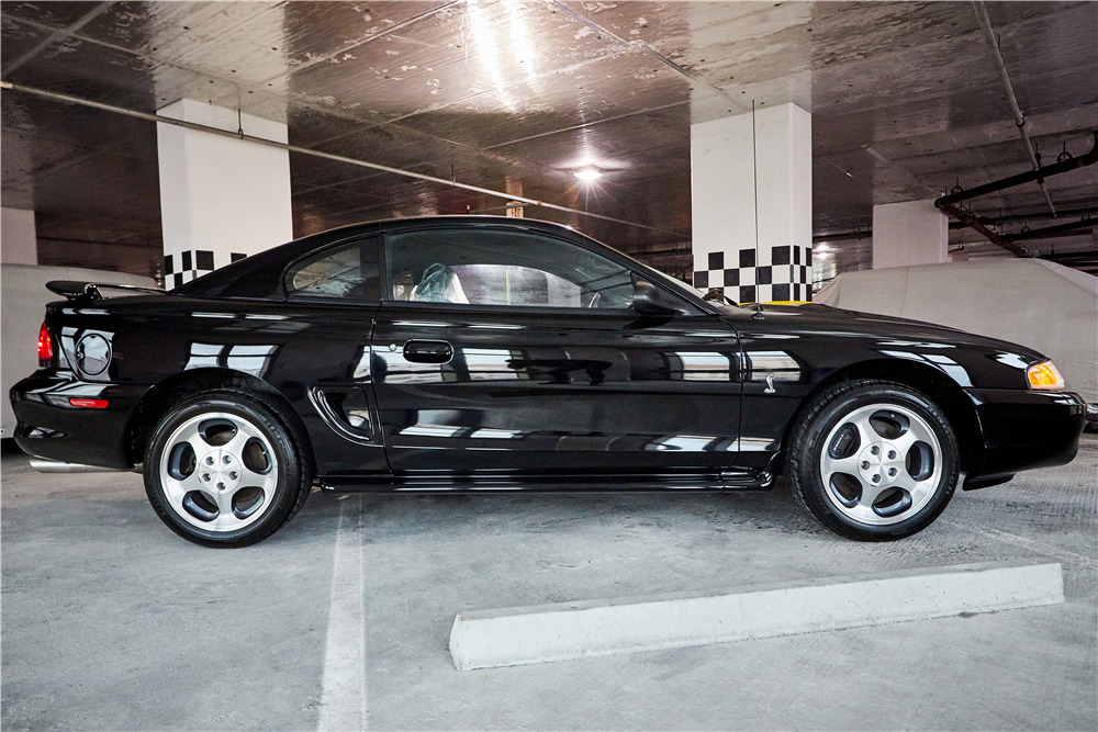 1996 FORD MUSTANG COBRA - Side Profile - 218040