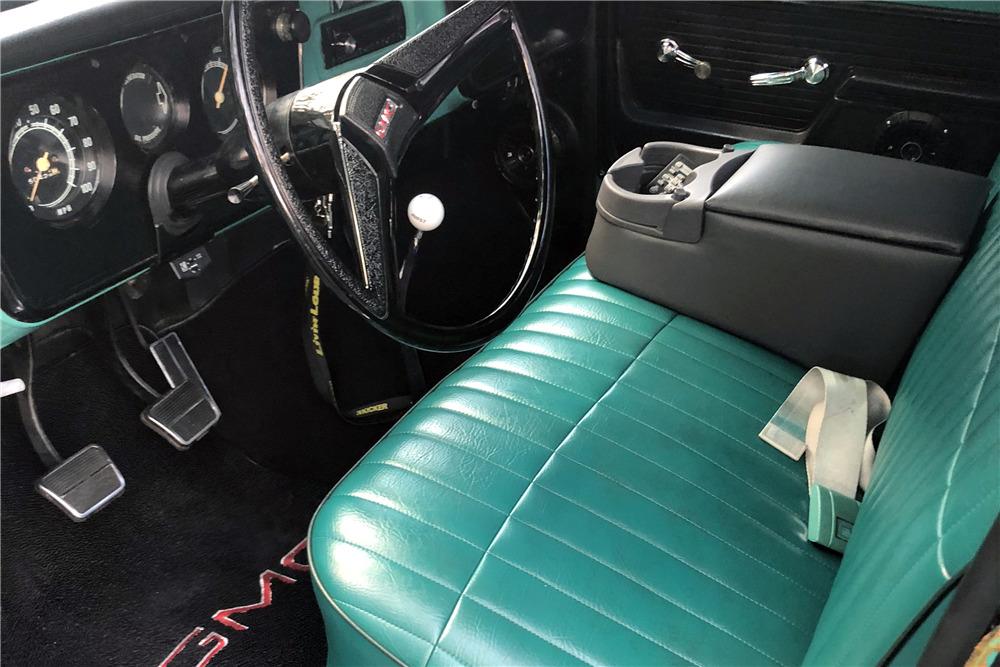 1972 GMC C1500 CUSTOM PICKUP - Interior - 218075