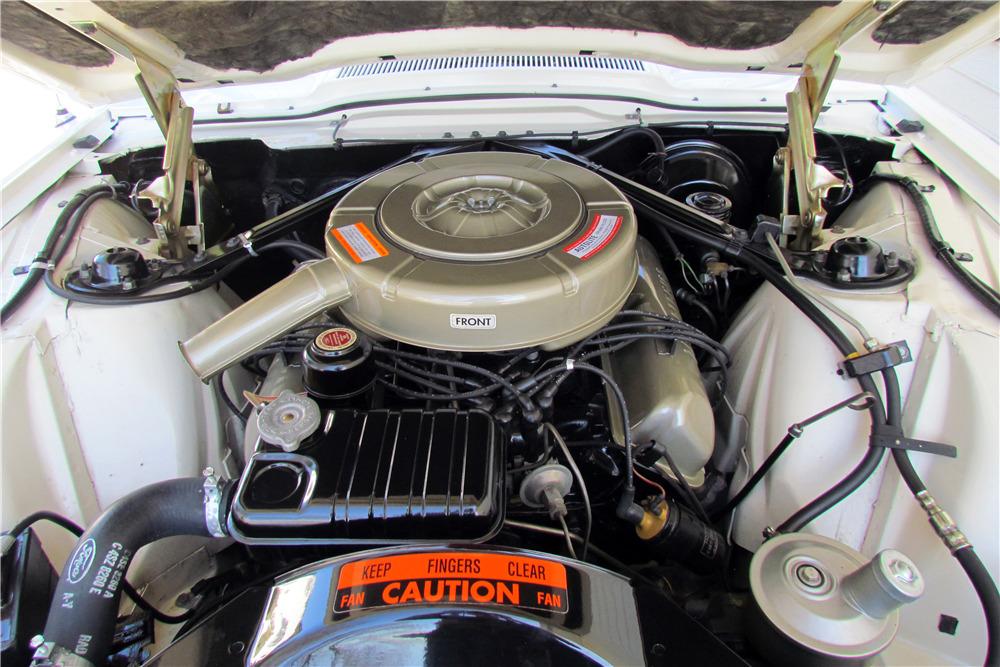 1964 FORD THUNDERBIRD - Engine - 218085
