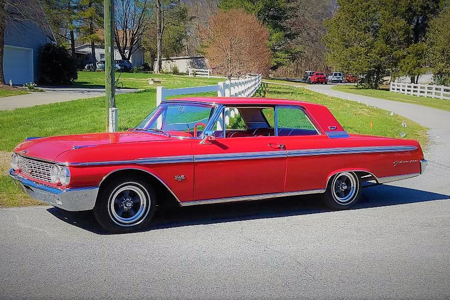 1962 FORD GALAXIE 500 - Front 3/4 - 218176
