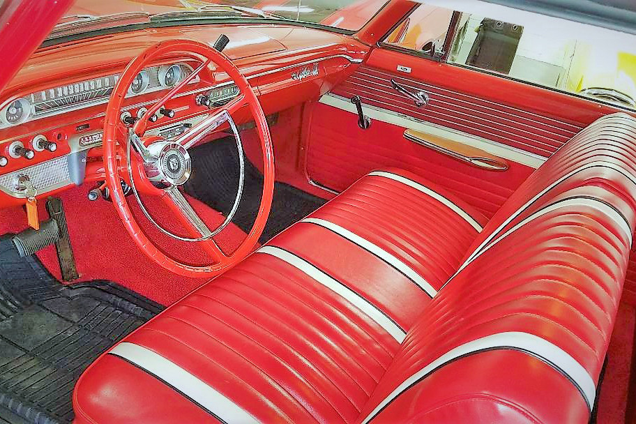 1962 FORD GALAXIE 500 - Interior - 218176