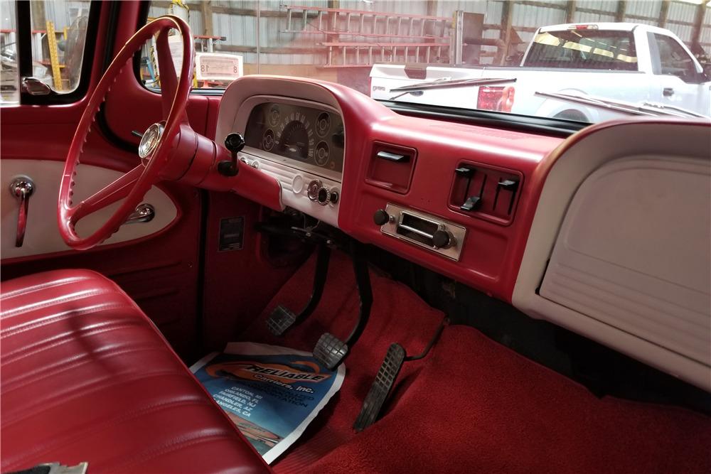 1963 CHEVROLET C20 PICKUP - Interior - 218189