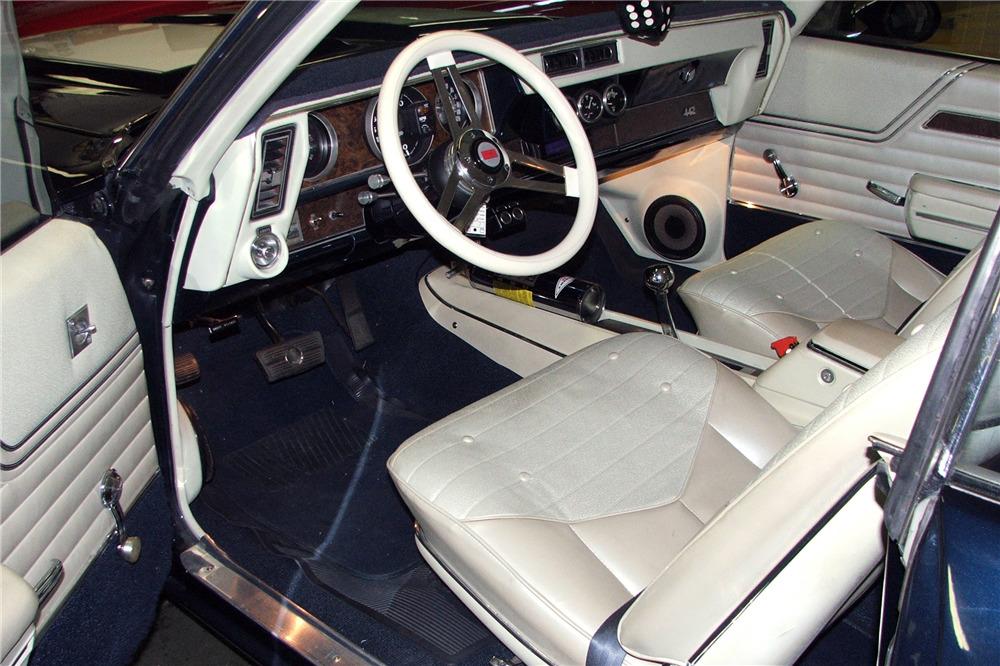 1970 OLDSMOBILE 442 CUSTOM COUPE - Interior - 218250