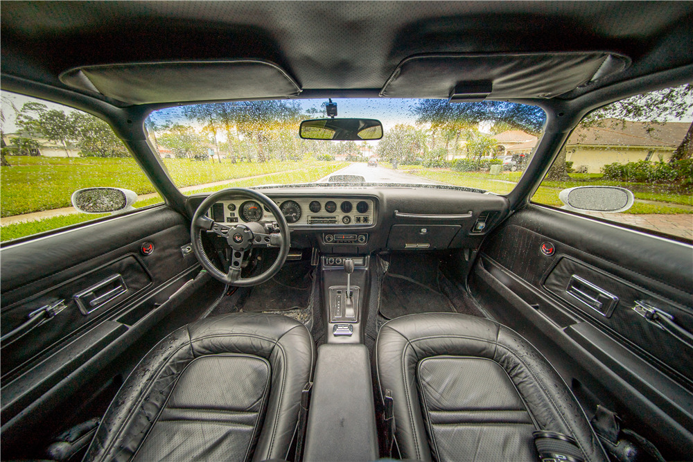 1974 PONTIAC FIREBIRD TRANS AM COUPE - Interior - 218309