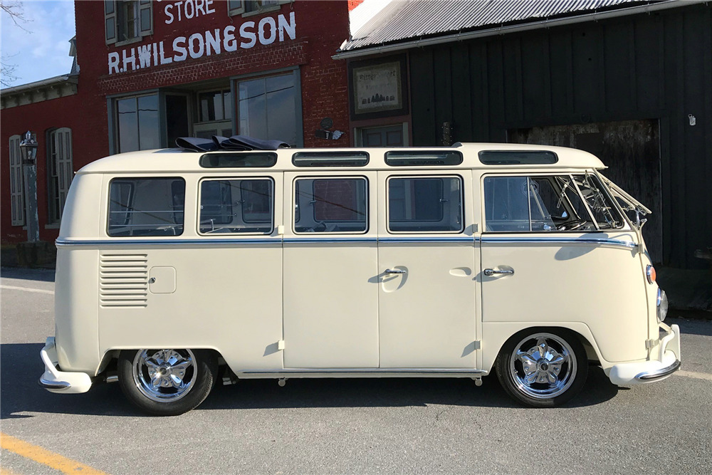 1966 VOLKSWAGEN 21-WINDOW CUSTOM MICROBUS - Side Profile - 218318