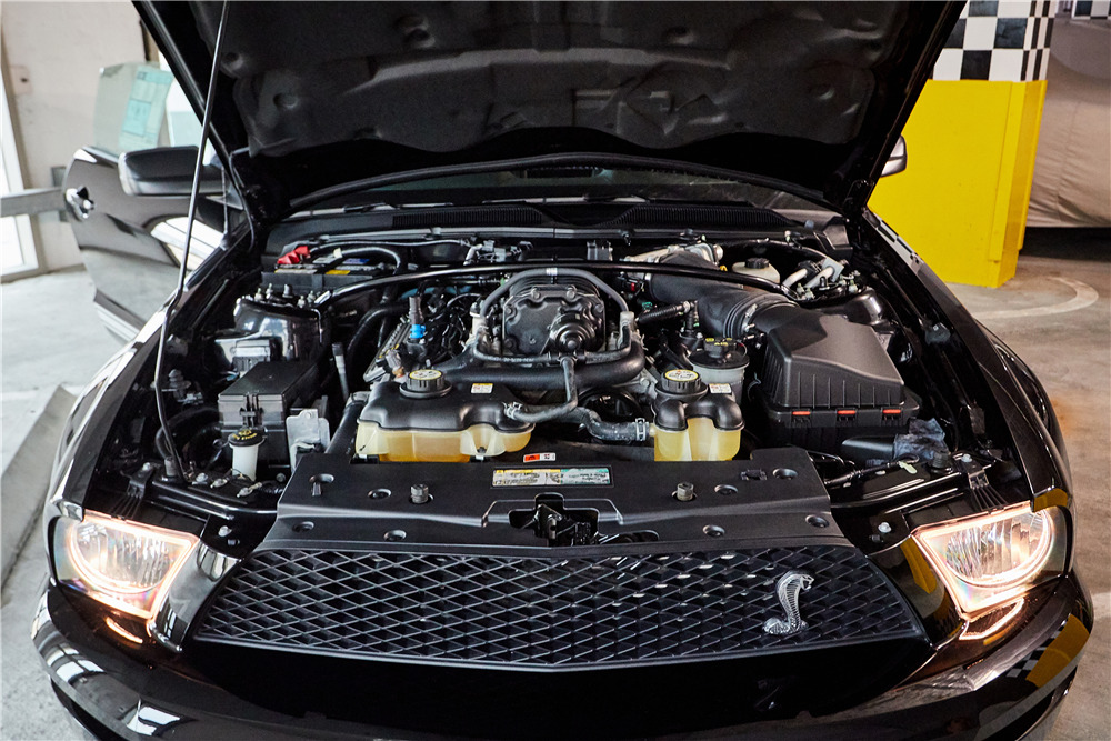 2007 FORD SHELBY GT500 CONVERTIBLE - Engine - 218456