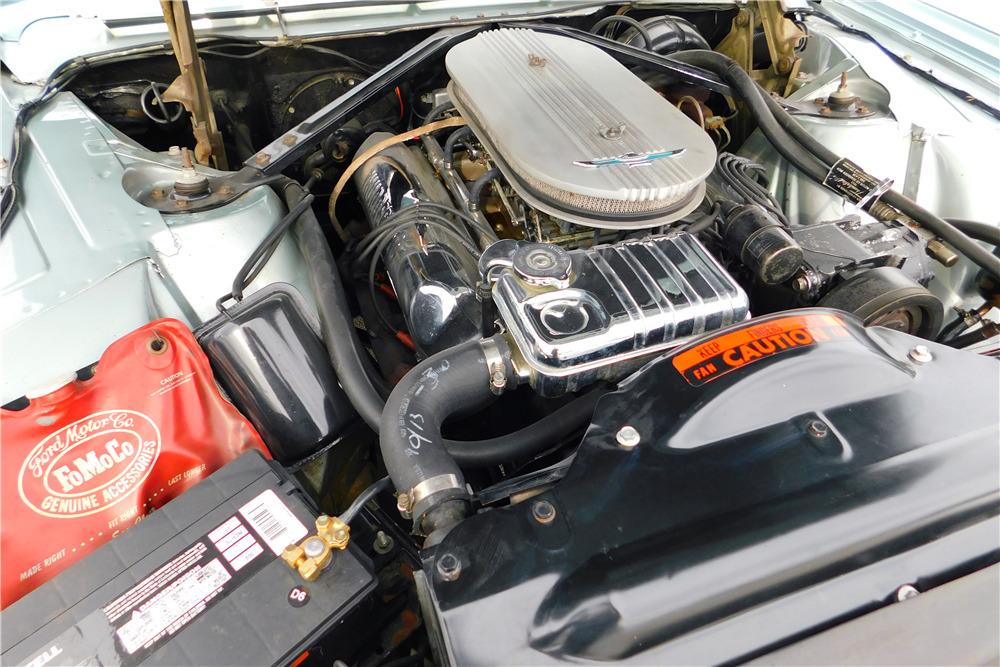 1962 FORD THUNDERBIRD CONVERTIBLE - Engine - 219097