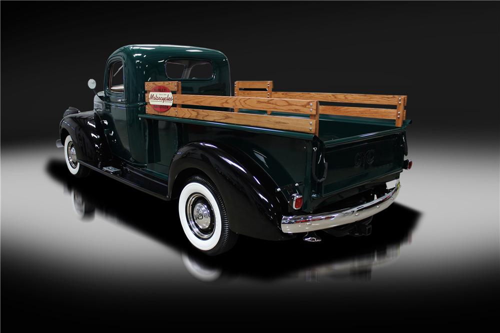1942 GMC CC150 3/4-TON PICKUP - Rear 3/4 - 219715