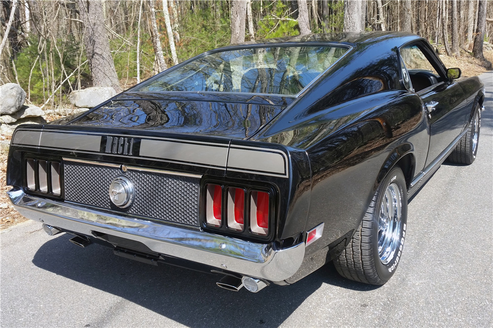 1970 FORD MUSTANG MACH 1 SPORTSROOF - Rear 3/4 - 219724