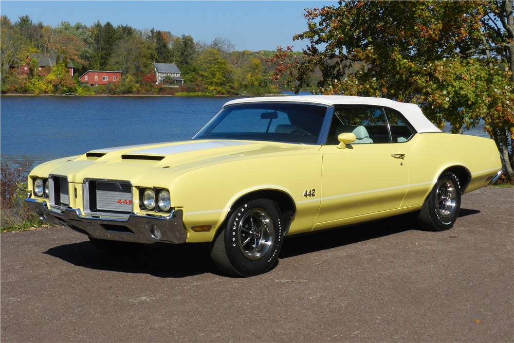 1972 OLDSMOBILE 442 CONVERTIBLE - Front 3/4 - 219786