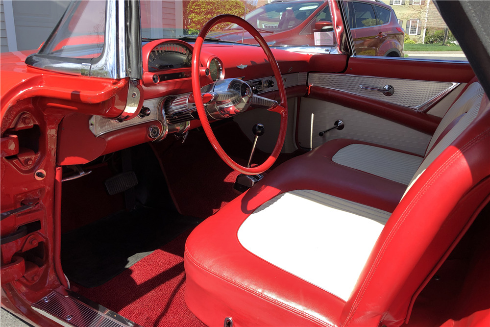 1955 FORD THUNDERBIRD CONVERTIBLE - Interior - 219796