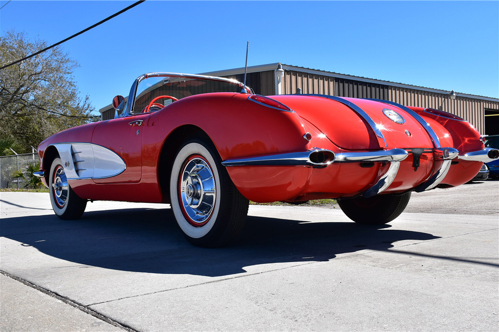1958 CHEVROLET CORVETTE 283/250 FUELIE CONVERTIBLE - Rear 3/4 - 219840