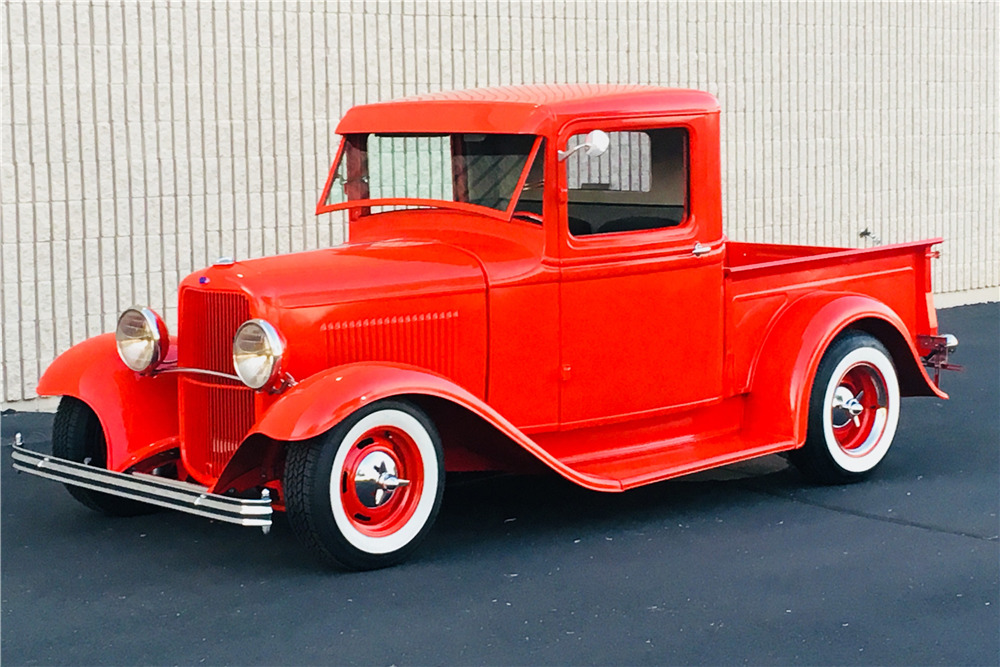 1932 FORD CUSTOM PICKUP - Front 3/4 - 219887