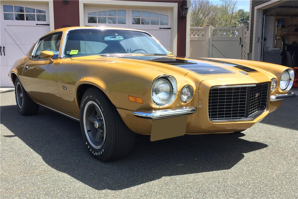 1970 CHEVROLET CAMARO Z/28 RS - Front 3/4 - 219902