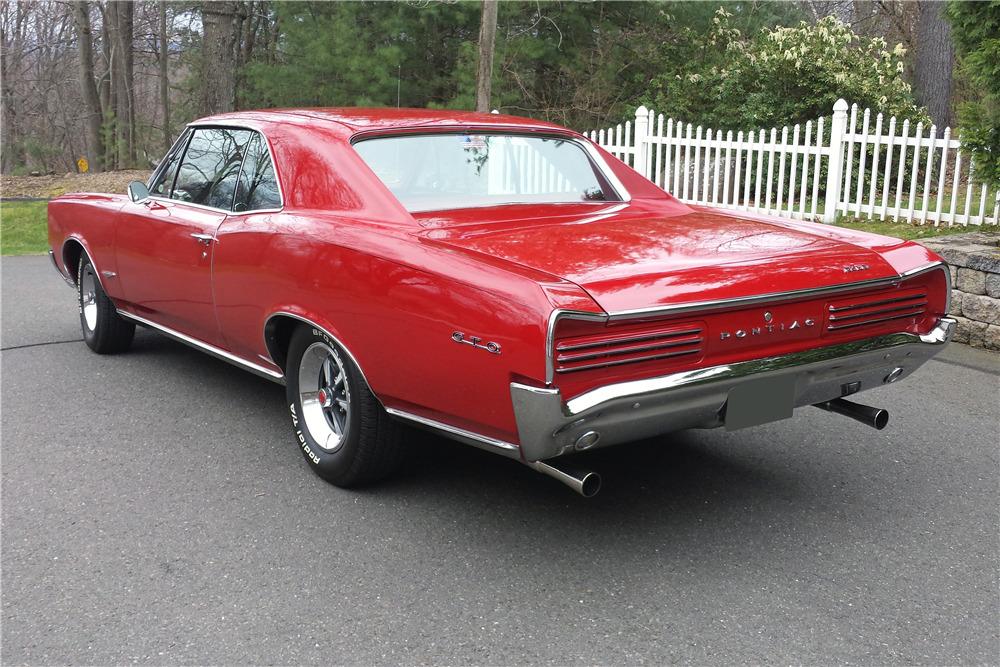 1966 PONTIAC GTO - Rear 3/4 - 219903