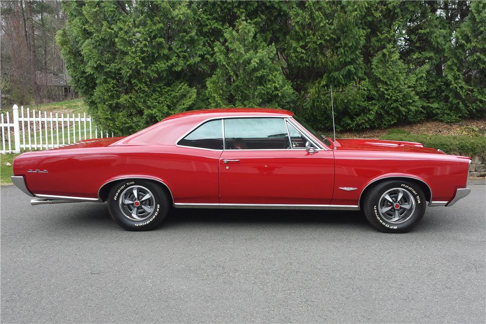 1966 PONTIAC GTO - Side Profile - 219903