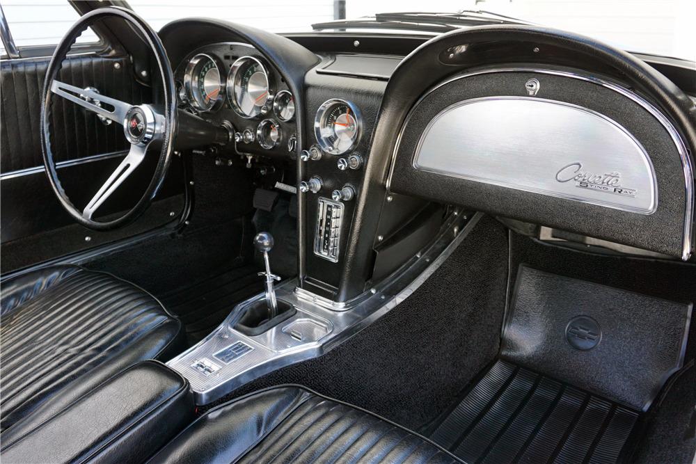 1963 CHEVROLET CORVETTE 327/340 SPLIT-WINDOW COUPE - Misc 4 - 219920