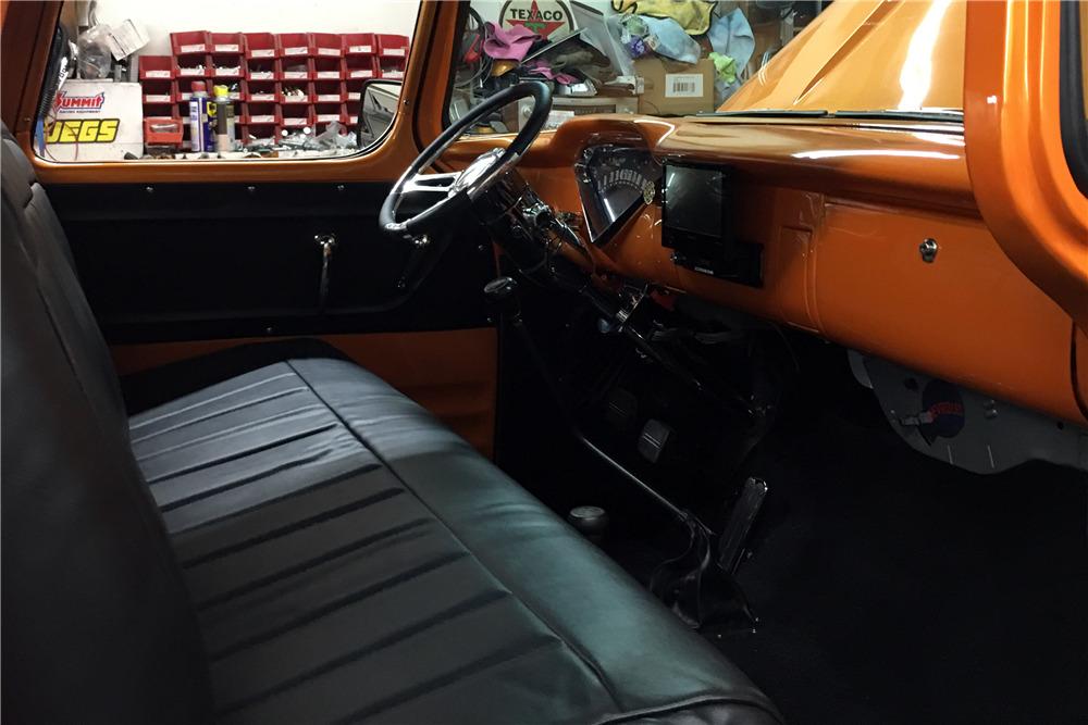 1957 CHEVROLET 3100 CUSTOM PICKUP - Interior - 220004
