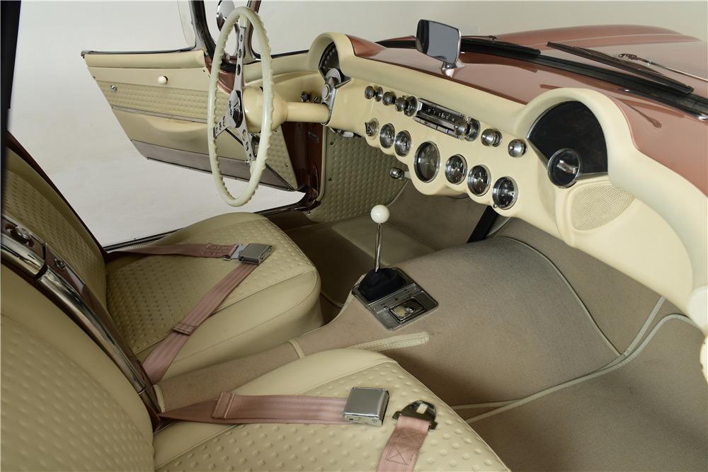 1957 CHEVROLET CORVETTE 327/245 CONVERTIBLE - Interior - 220030