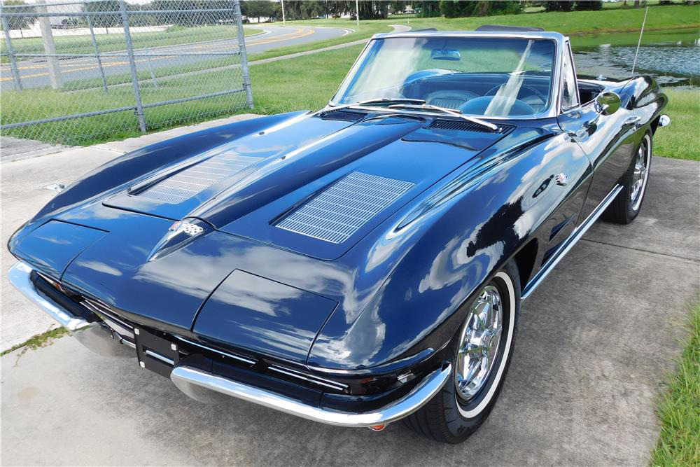 1963 CHEVROLET CORVETTE 327/340 CONVERTIBLE - Front 3/4 - 220037