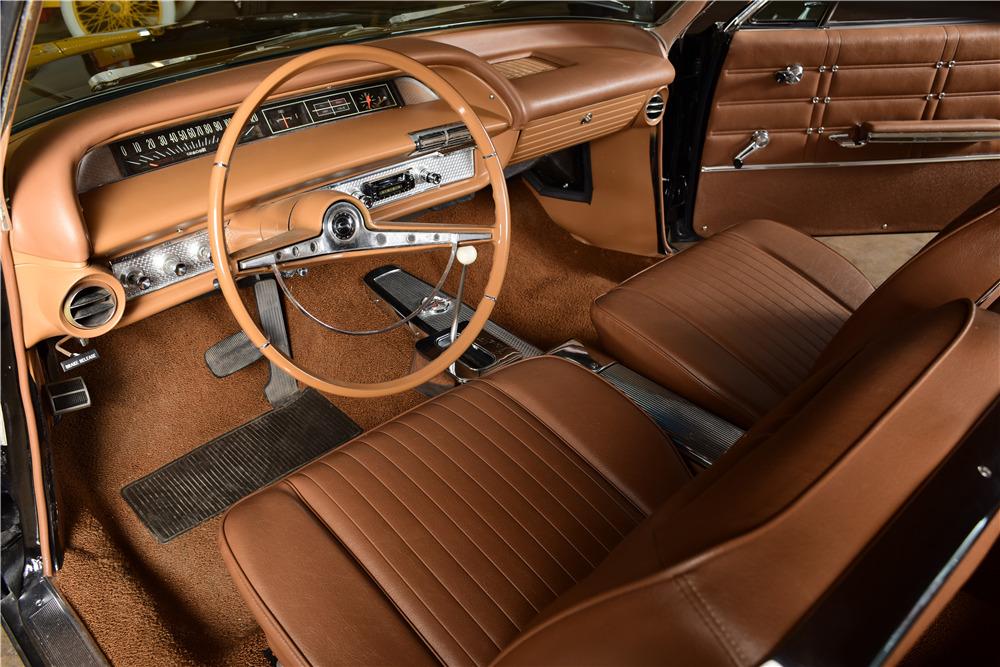 1963 CHEVROLET IMPALA SS - Interior - 220153