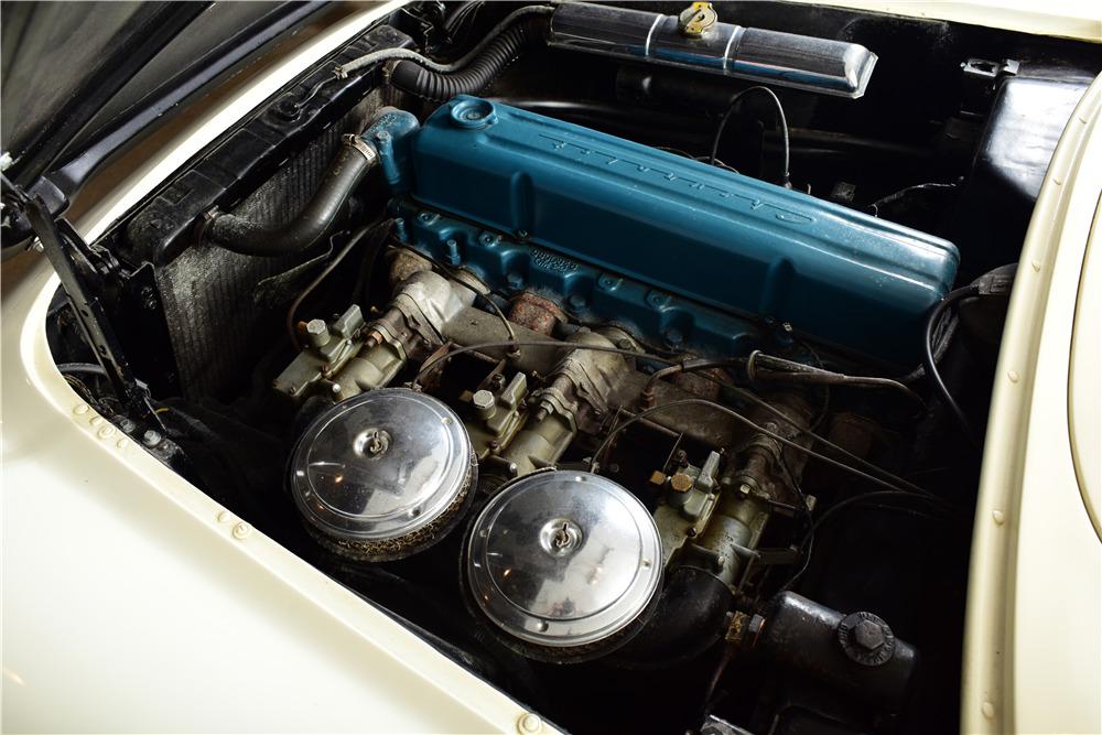 1954 CHEVROLET CORVETTE CONVERTIBLE - Engine - 220157