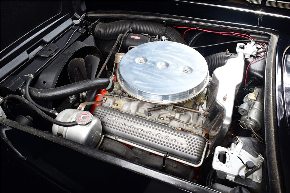 1961 CHEVROLET CORVETTE CONVERTIBLE - Engine - 220161