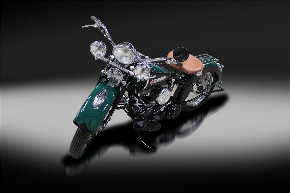 1942 HARLEY-DAVIDSON 42WLA MOTORCYCLE - Front 3/4 - 220165