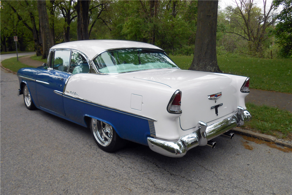 1955 CHEVROLET BEL AIR CUSTOM  - Rear 3/4 - 220176